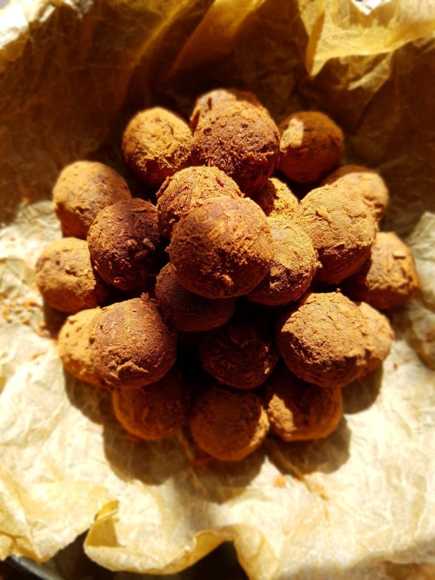 Ciocco truffles un morso tiral'altro