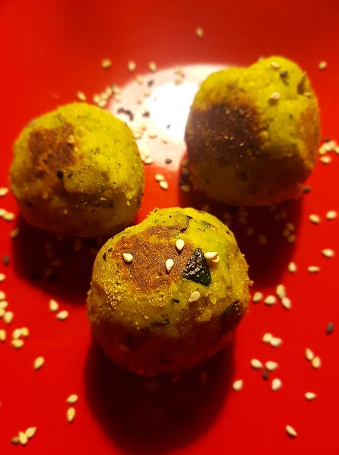 Polpettine velocissime ceci e zucchine, profumate di zenzero ecurry