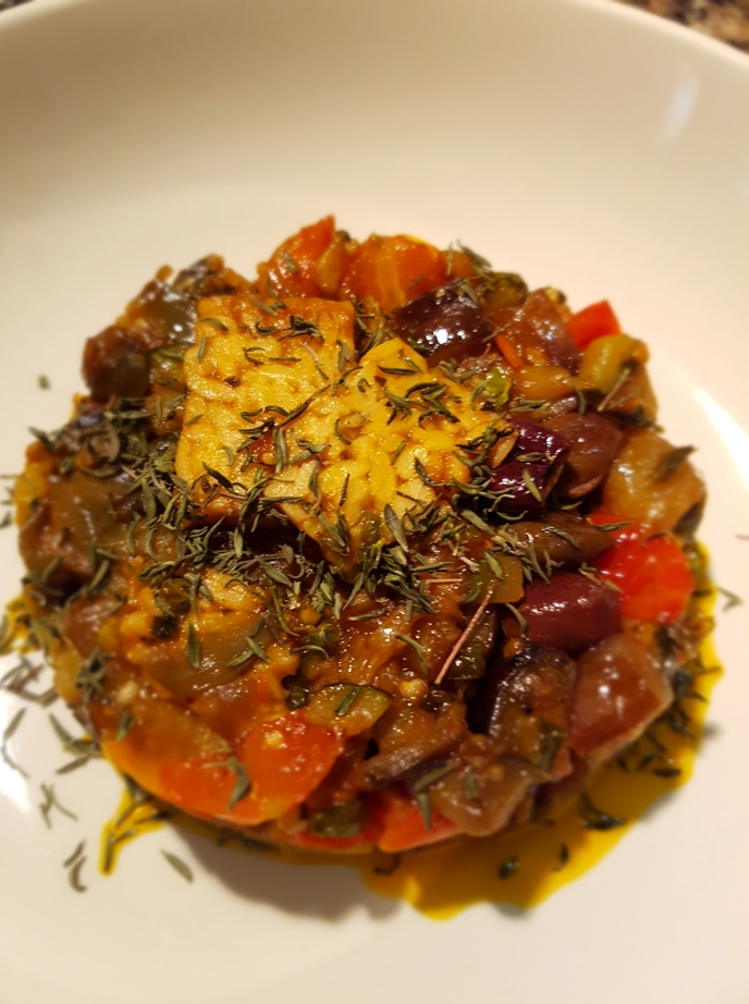 Verdure estive spadellate con tempeh marinato alpomodoro