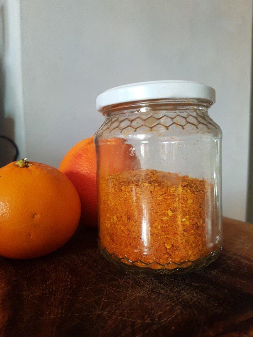 Scorzette d'arancia essiccate
